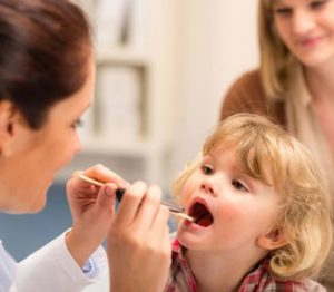 Бактериологический мазок необходим для постановки диагноза.