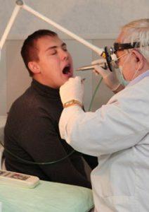 Лазерная терапия - безопасный и безболезненный способ лечения.
