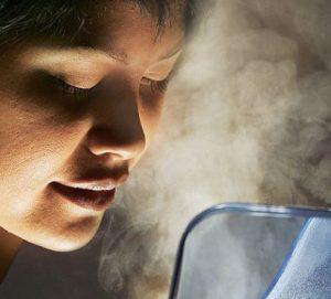 Паровые ингаляции значительно снижают ощущения боли.