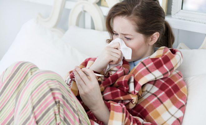 Простуда - самая распространенная причина.