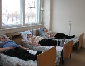 Для лечения пациента госпиталириуют.
