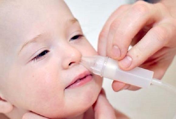 Чем промывать нос при аденоидах у детей