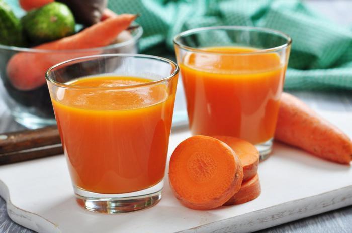 Как сделать морковный сок на соковыжималке 717