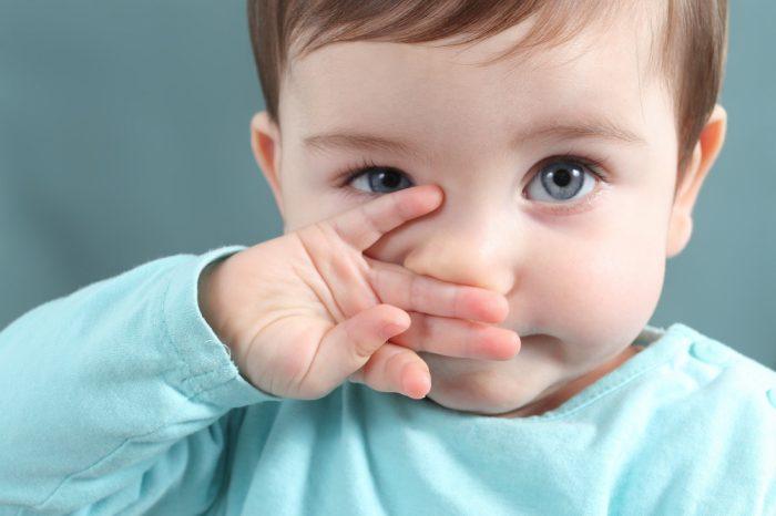 Как лечить зеленые сопли у ребенка 2 года